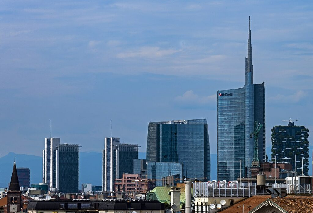 oil and gas companies in milan italy